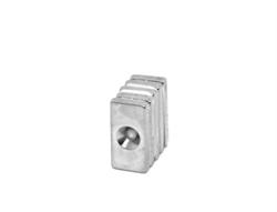 Неодимовый магнит призма 20х10х3 мм с зенковкой 3,5/7 мм - фото 8342