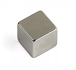 Магнит AlNiCo (ЮНДК) прямоугольник 10х10х10 мм - фото 9015