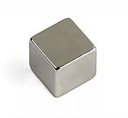 Магнит AlNiCo (ЮНДК) прямоугольник 10х10х10 мм